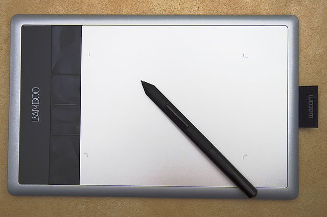 640px-Wacom_Bamboo_Capture_tablet_and_pen
