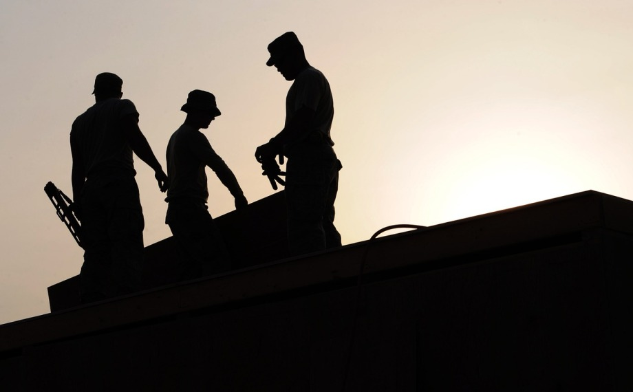 workers-659885_1280