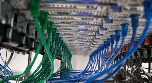 512px-wmf_sdtpa_servers_2009-01-20_36
