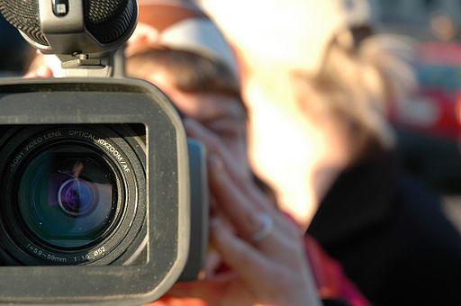 512px-video_camera