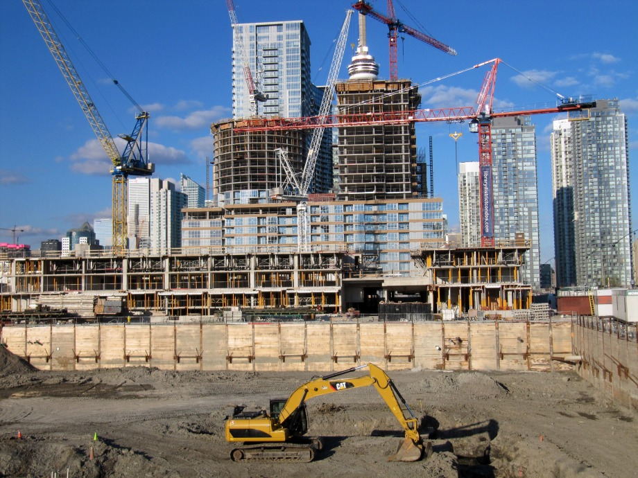 construction_in_toronto_may_2012