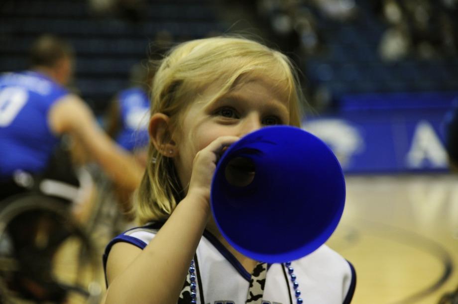 cheerleader-673490_1280