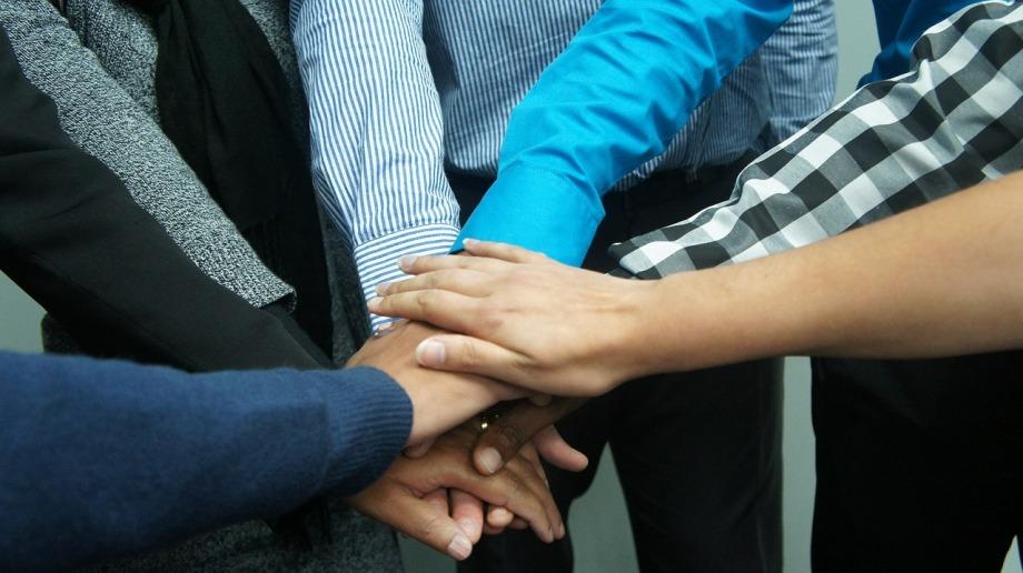 teamwork-383939_1280